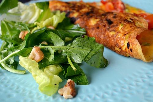 Salada de rúcula com alface e nozes
